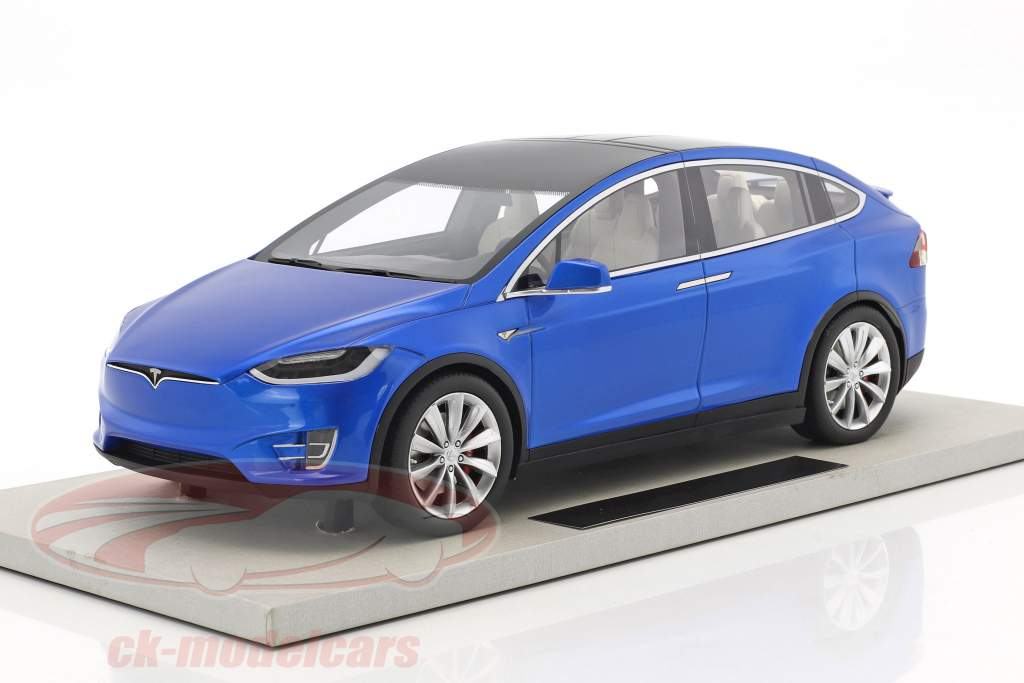 Tesla Model X Baujahr 2016 blau metallic 1:18 LS Collectibles