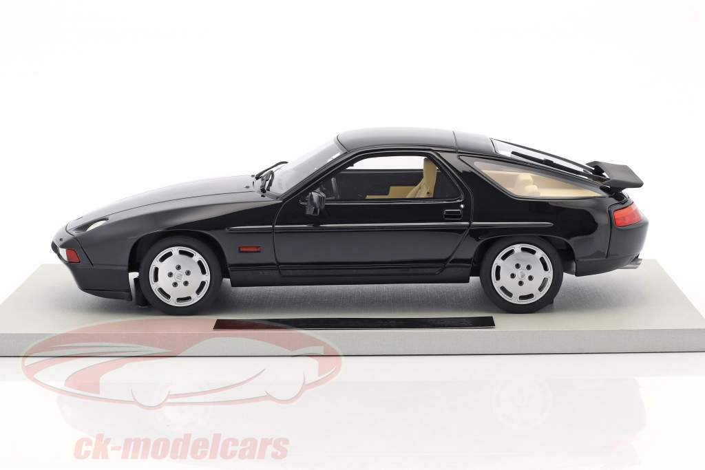 Porsche 928 S4 year 1987 black 1:18 LS Collectibles