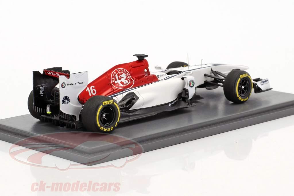 Alfa Romeo Sauber formula 1 Team Presentation 2018 1:43 Spark