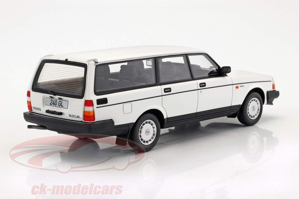Volvo 240 GL Baujahr 1989 weiß 1:18 BoS-Models