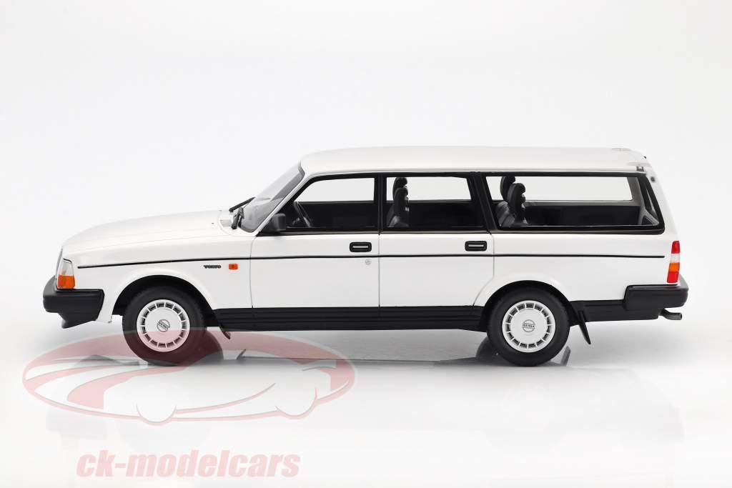 Volvo 240 GL année de construction 1989 blanc 1:18 BoS-Models