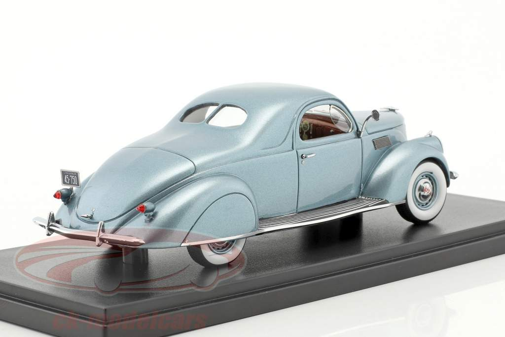 Lincoln Zephyr coupe year 1937 light blue metallic 1:43 Neo