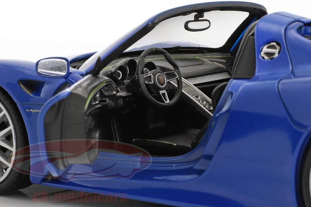 Porsche 918 Spyder sapphire blue metallic 1:24 Welly
