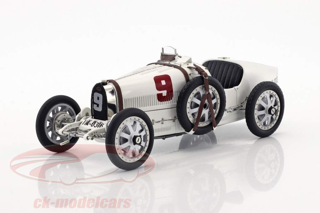 Bugatti Typ 35 Grand Prix #9 Nation Colour Project Deutschland 1:18 CMC