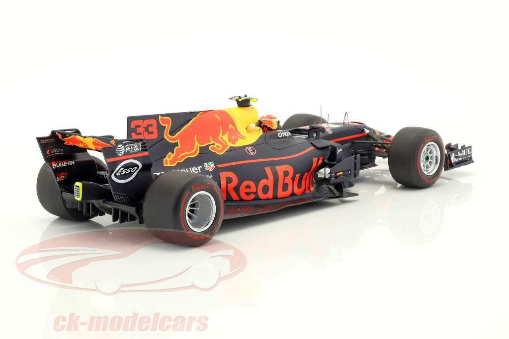 Max Verstappen Red Bull RB13 #33 Winner Malaysia GP formula 1 2017 1:18 Spark