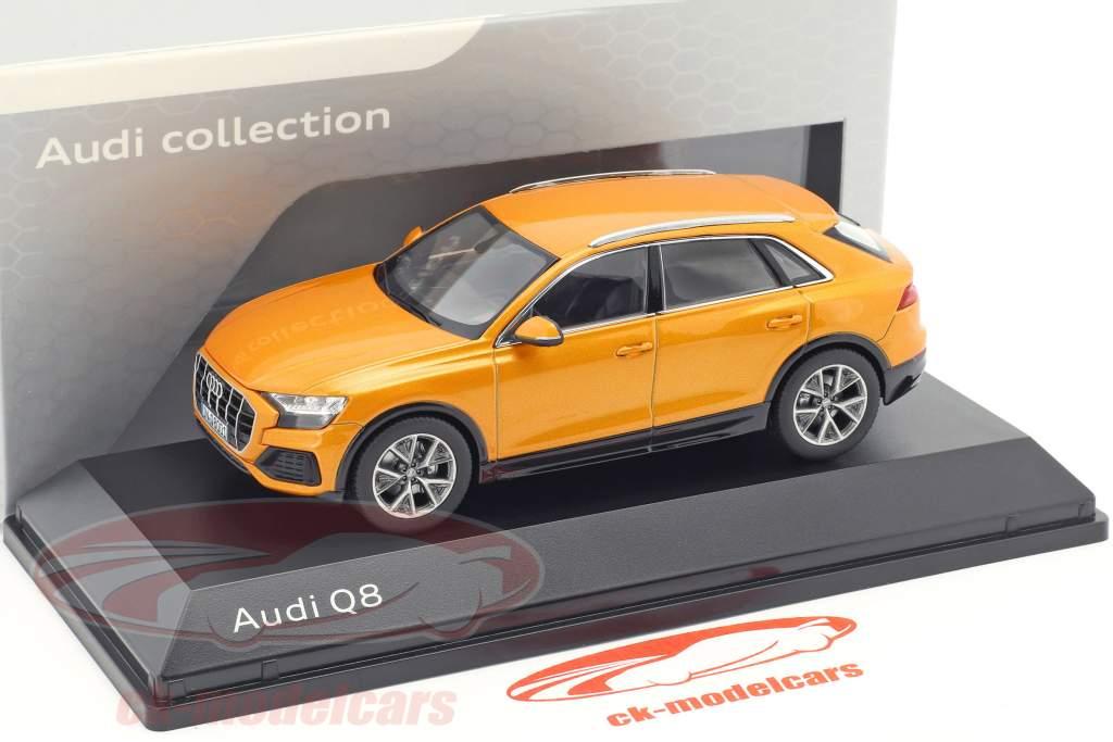 Audi Q8 drachenorange 1:43 Norev