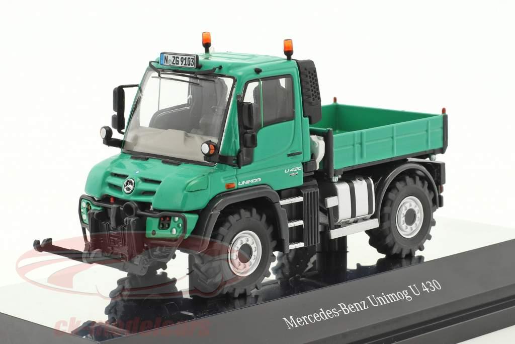 Mercedes-Benz Unimog U 400 agricultural green 1:50 NZG