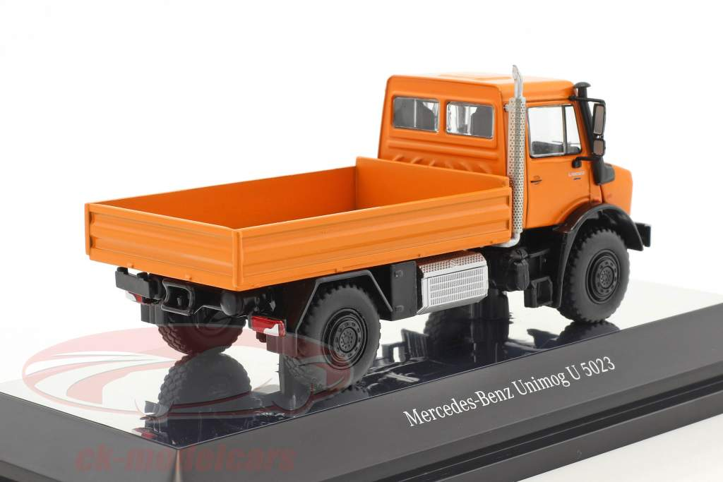Mercedes-Benz Unimog U 5000 mit Plane orange / silber 1:50 NZG
