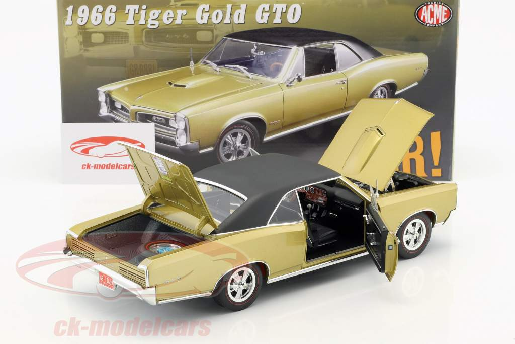 Pontiac GTO year 1966 tiger gold / black 1:18 GMP