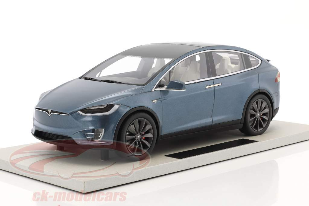 Tesla Model X year 2016 blue gray metallic 1:18 LS Collectibles