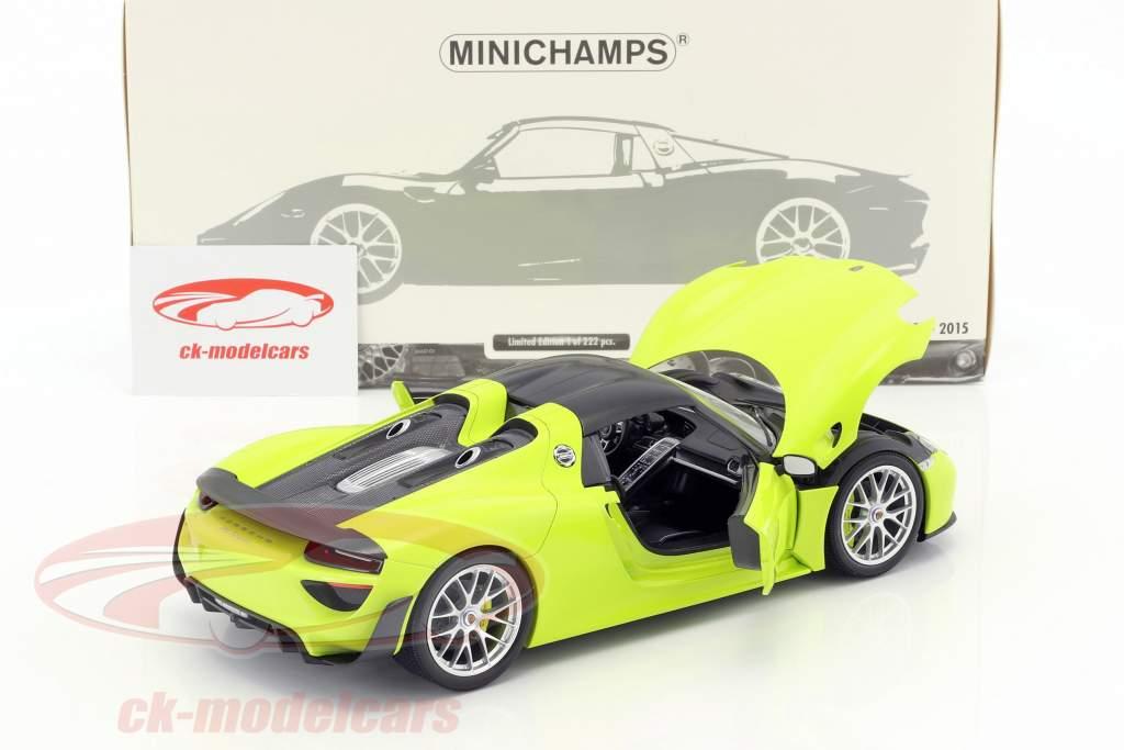 Porsche 918 Spyder Weissach Package année de construction 2015 brillant vert 1:18 Minichamps