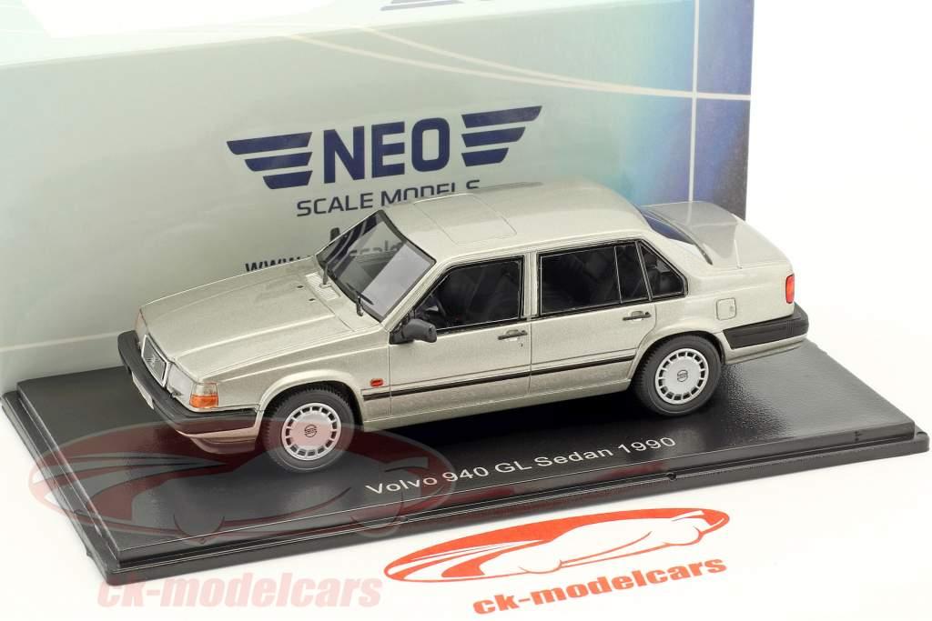 Volvo 940 GL Sedan year 1990 silver metallic 1:43 Neo