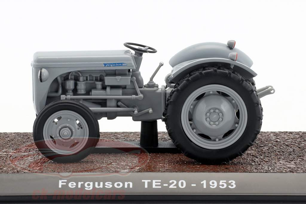 Ferguson TE-20 tractor year 1953 gray 1:32 Atlas
