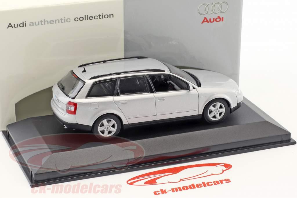 Audi A4 Avant IAA 2001 argento metallico 1:43 Minichamps