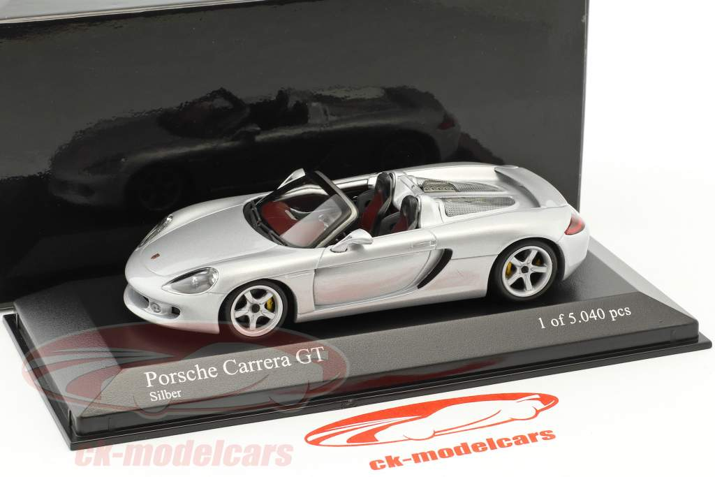 Porsche Carrera GT year 2001 silver metallic 1:43 Minichamps