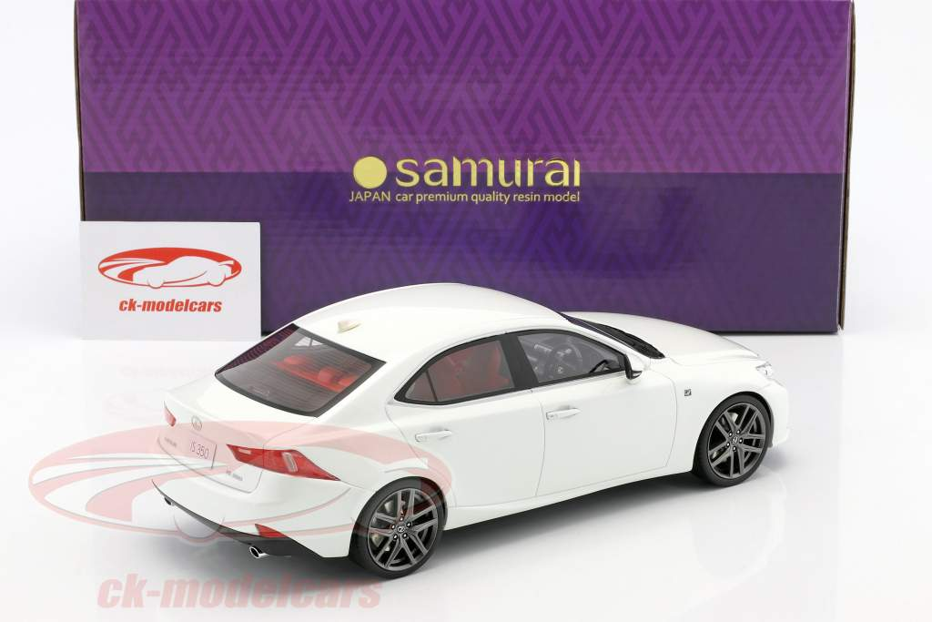 Lexus IS350 F Sport white 1:18 Kyosho