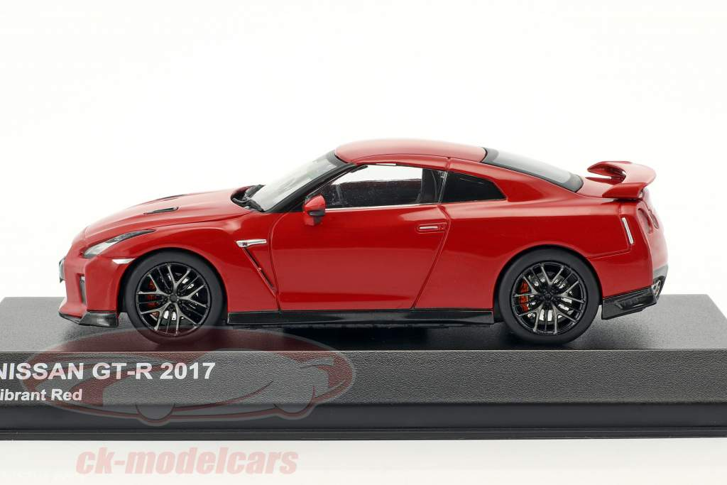 Nissan GT-R (R35) year 2017 red 1:43 Kyosho