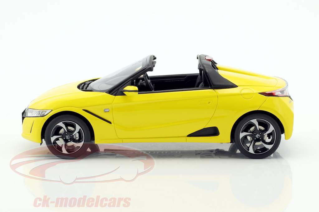 Honda S660 year 2016 yellow metallic 1:18 Kyosho
