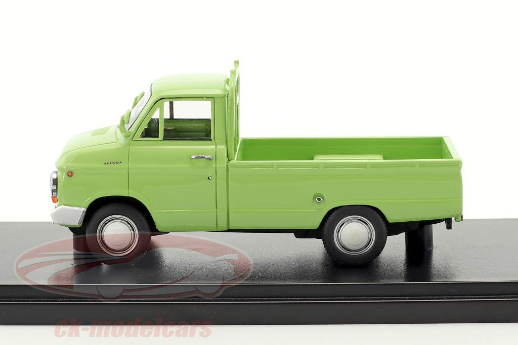 Nissan Datsun Cablight Truck lime 1:43 Kyosho