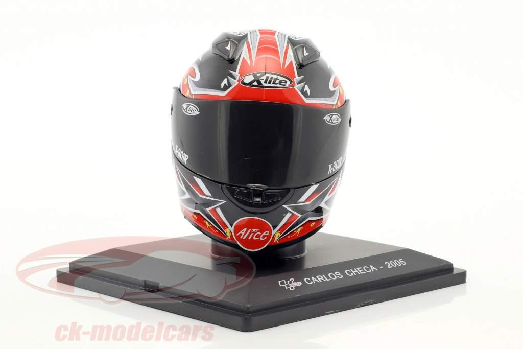 Carlos Checa MotoGP 2005 casque 1:5 Altaya