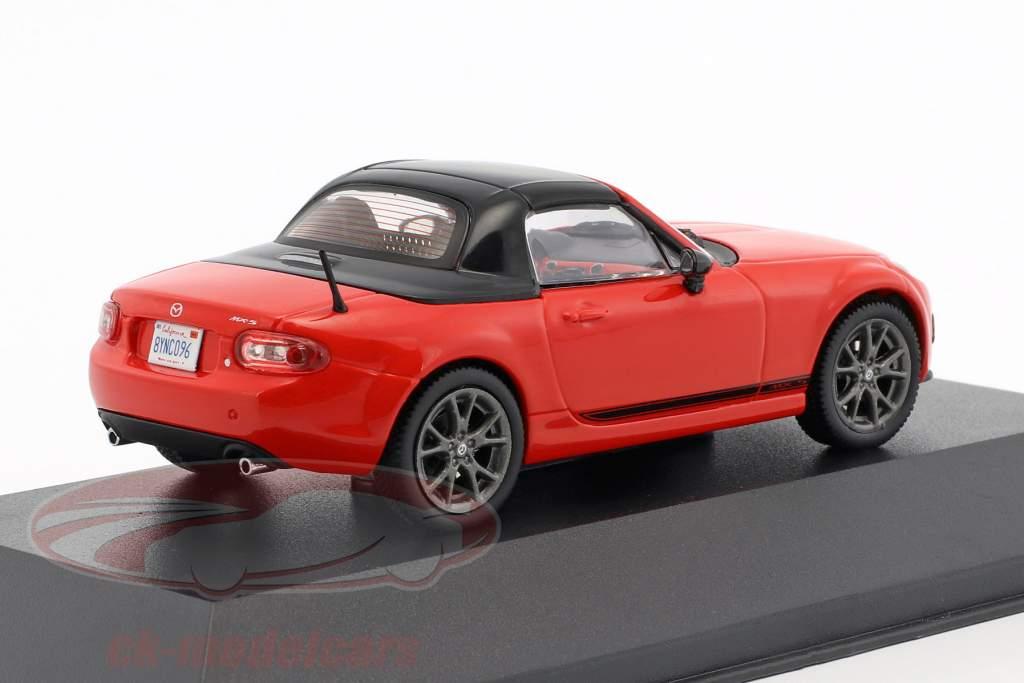 Mazda MX-5 anno di costruzione 2013 rosso / nero 1:43 Triple9