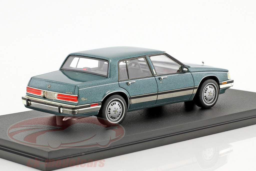 Buick Electra Park Avenue green metallic 1:43 GLM