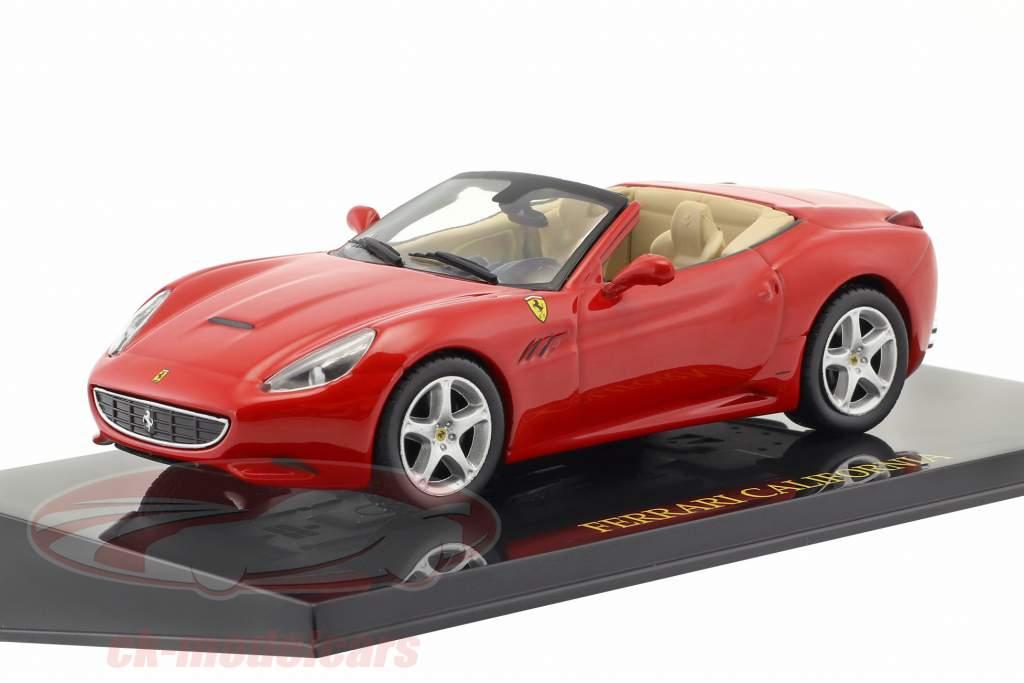 Ferrari 5-Car Set: Ferrari California, 599 GTB, 250 GTE, 360 GT, F50 ogni con vetrina 1:43 Altaya