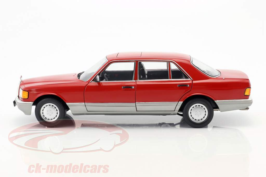 Mercedes-Benz 560 SEL W126 year 1987 red 1:18 Norev