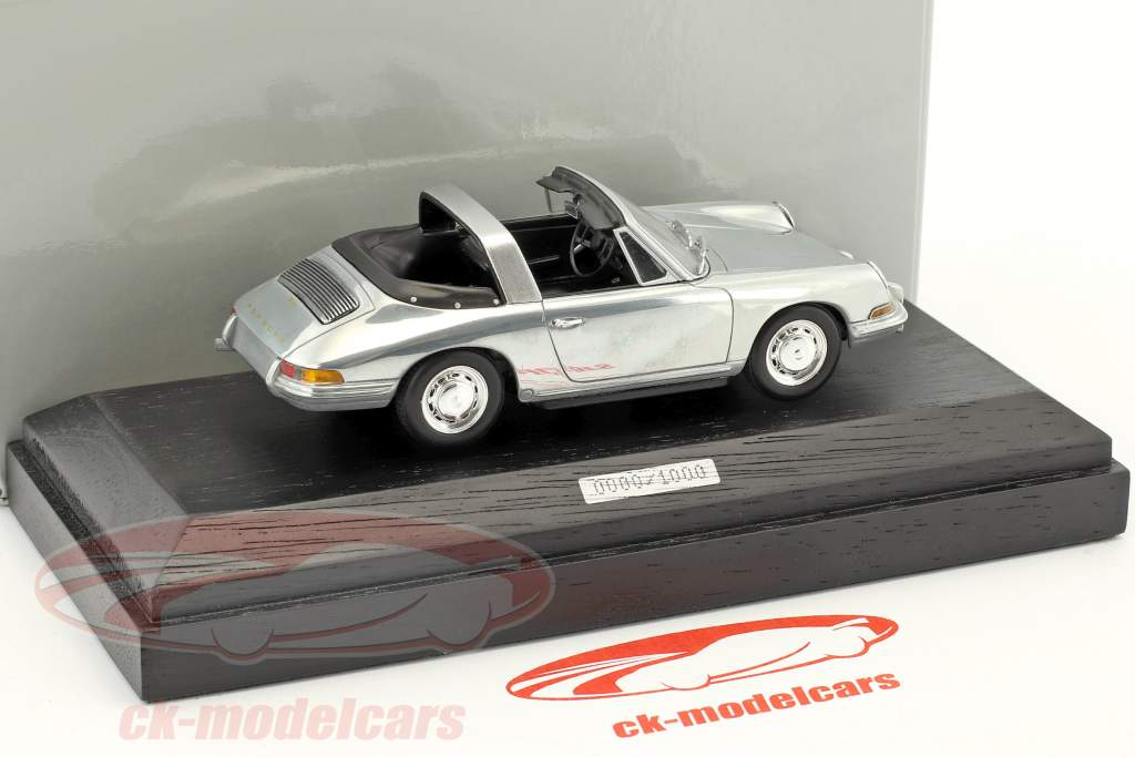 Porsche 911 targa year 1967 chrome 1:43 Minichamps