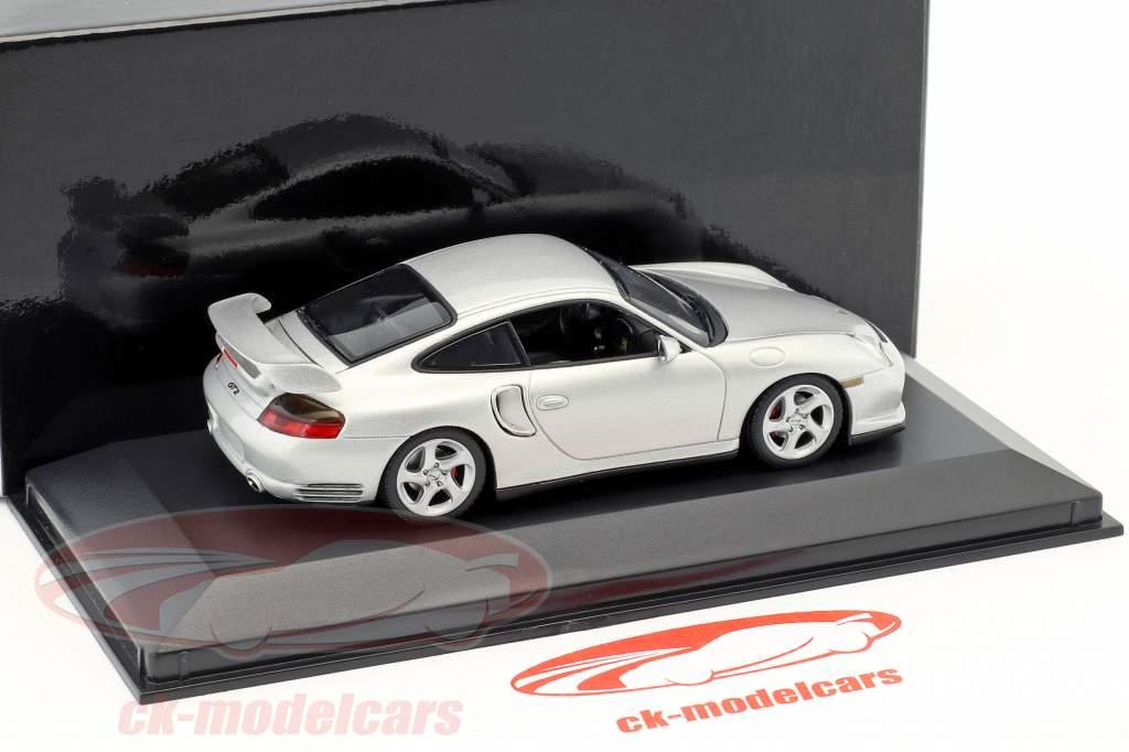 Porsche 911 (996) GT2 argent 1:43 Minichamps