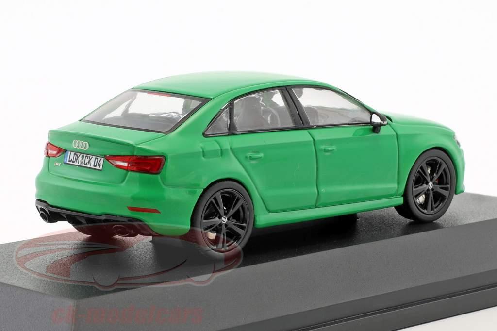 Audi RS 3 Limousine grün 1:43 iScale