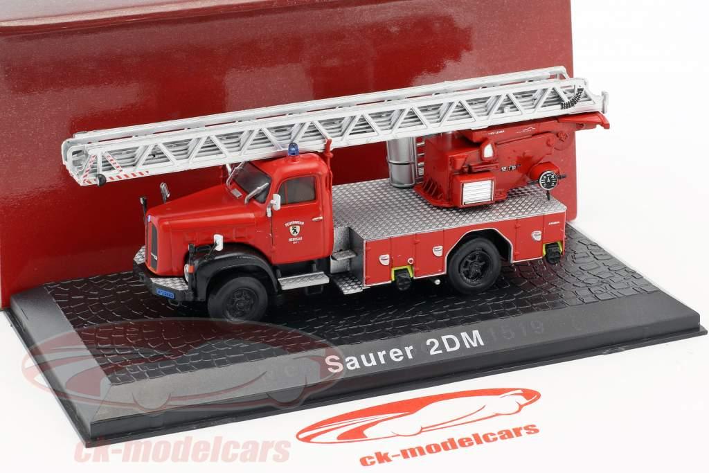 Saurer 2DM Feuerwehr Herisau mit Drehleiter Baujahr 1955 rot 1:72 Atlas