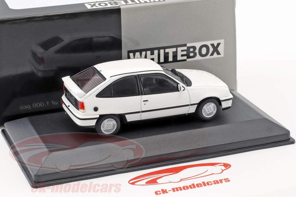 Opel Kadett GSI année de construction 1986 blanc 1:43 WhiteBox