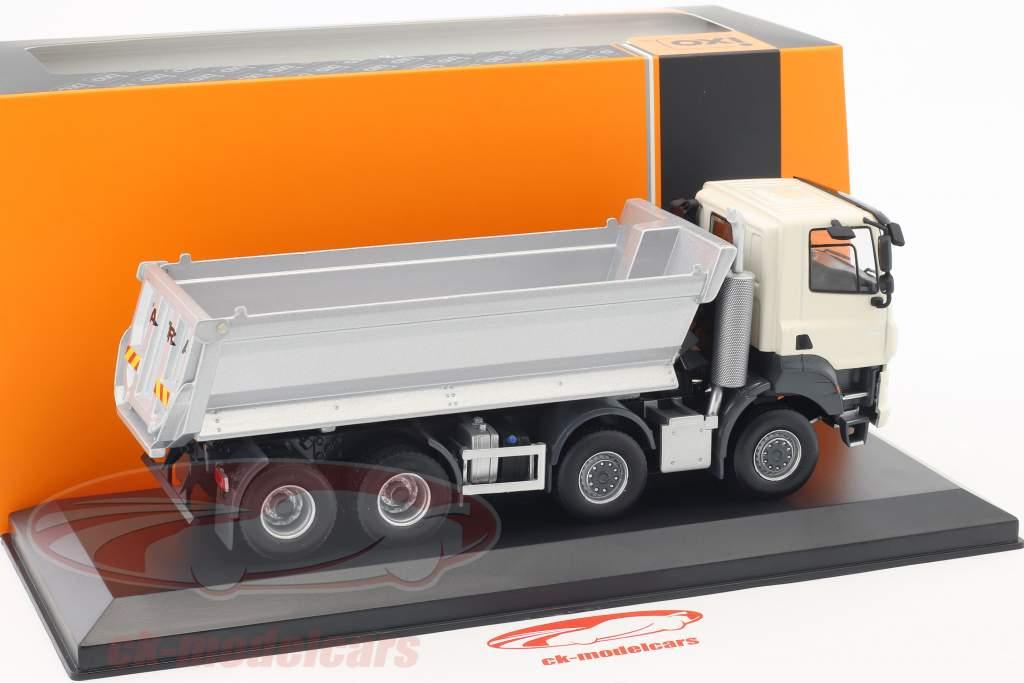 Tatra Phoenix Euro 6 8x8 Muldenkipper Baujahr 2016 elfenbein weiß / silber 1:43 Ixo