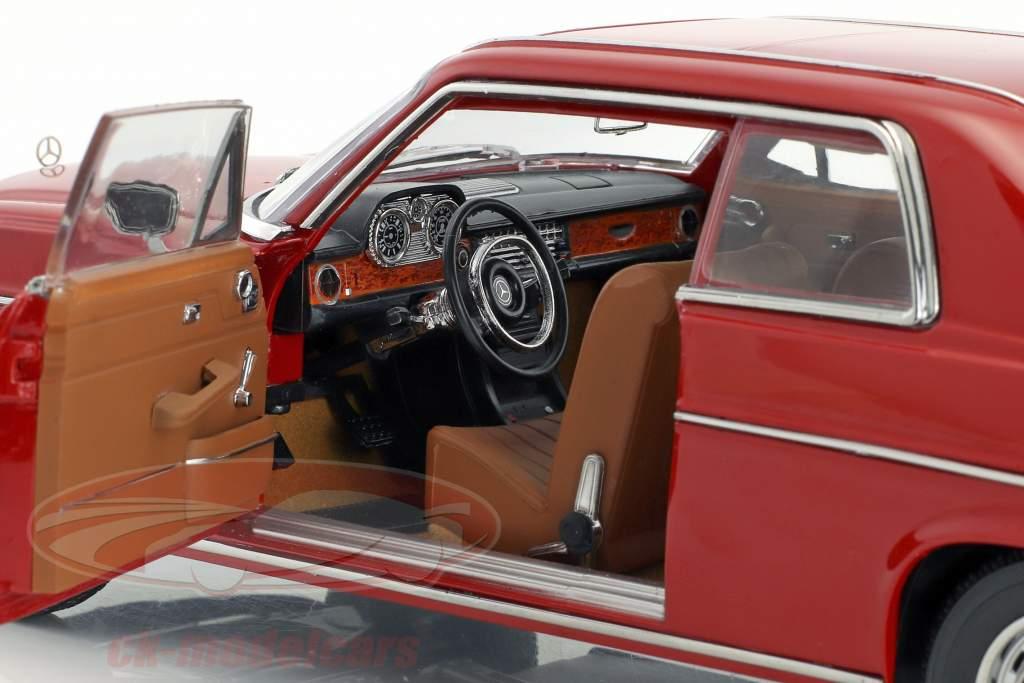 Mercedes-Benz Strich 8 Coupe Baujahr 1973 rot 1:18 Sun Star