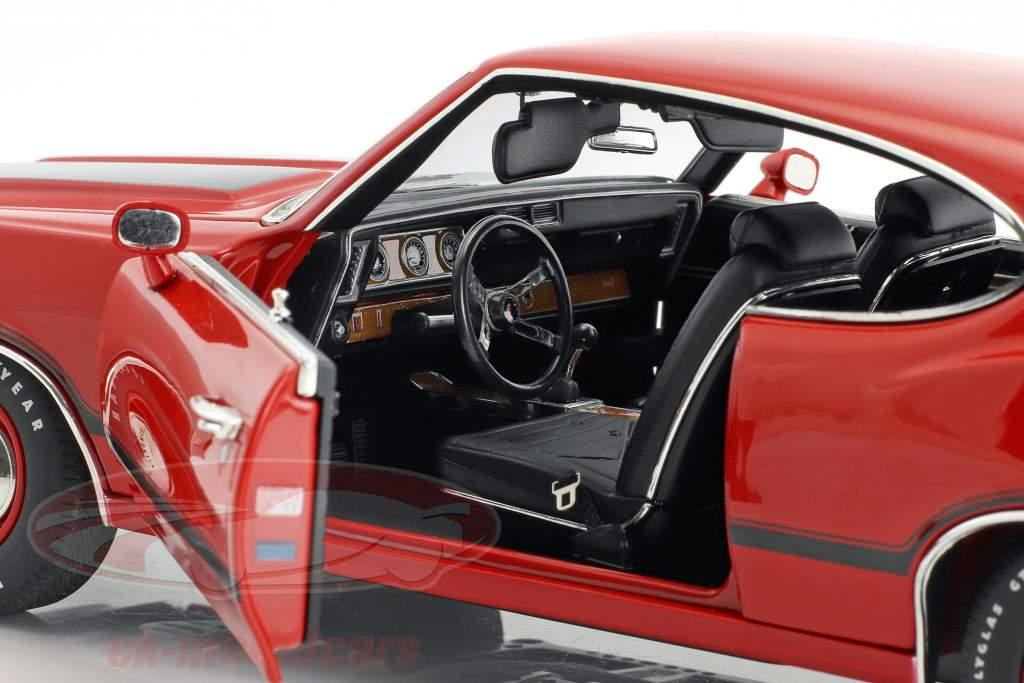 Oldsmobile 442 W-30 année de construction 1970 matador rouge 1:18 GMP