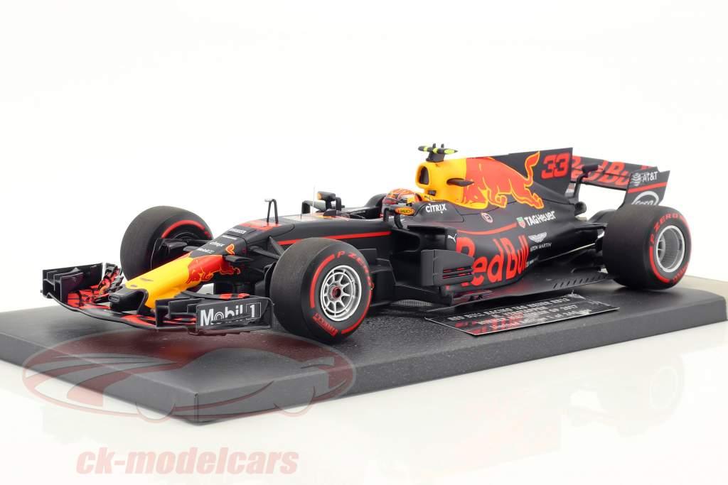 Max Verstappen Red Bull RB13 #33 Winner Malaysian GP formula 1 2017 1:18 Minichamps