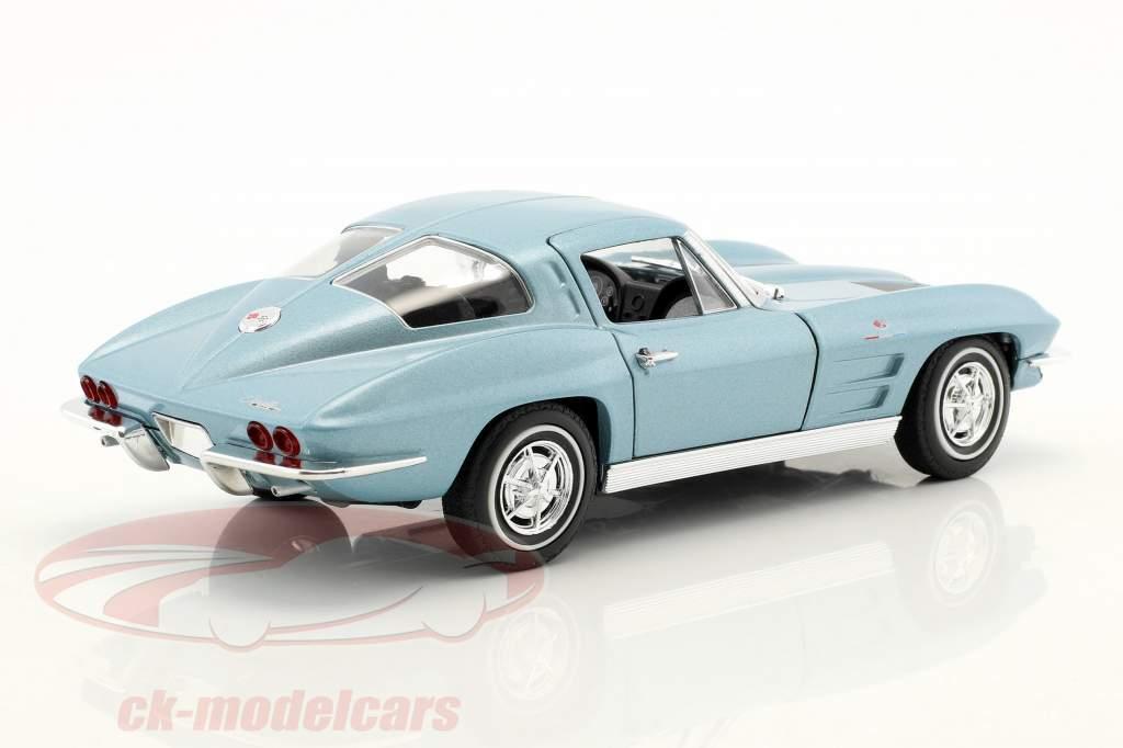 Chevrolet Corvette year 1963 light blue metallic 1:24 Welly