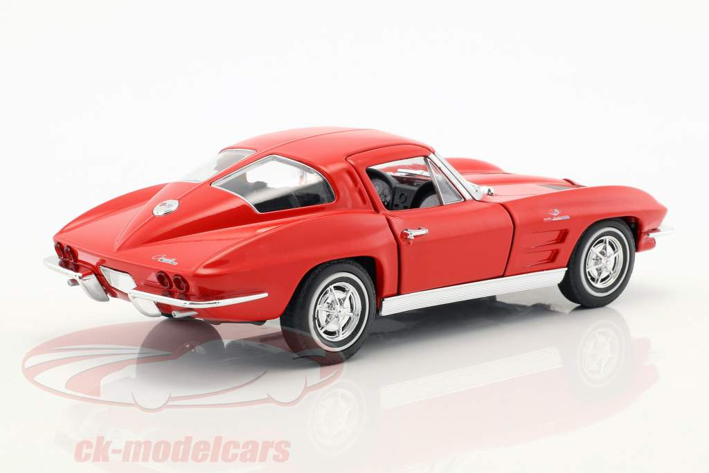 Chevrolet Corvette year 1963 red 1:24 Welly