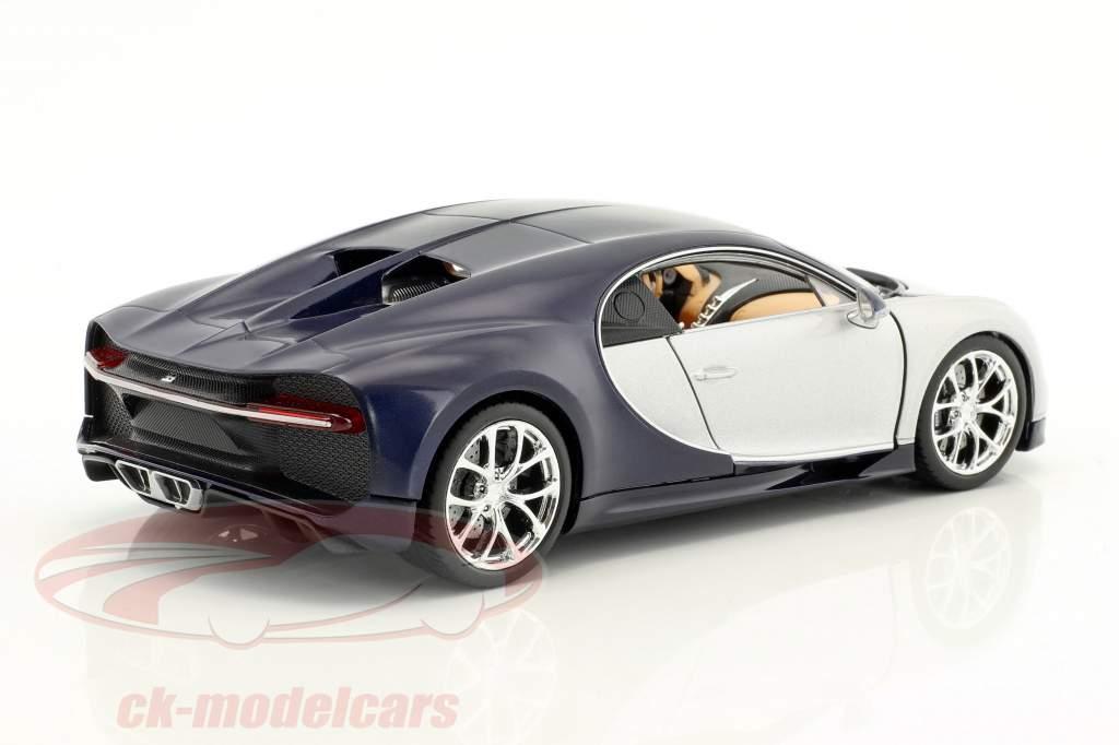 Bugatti Chiron anno di costruzione 2017 argento / blu 1:24 Welly