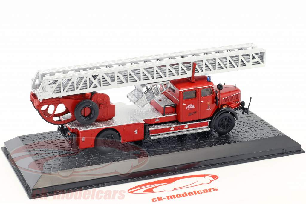 Krupp DL 52 Metz fire Department red 1:72 Altaya