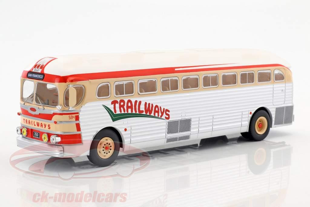 GMC PD-3751 Bus Trailways Baujahr 1949 silber / rot / beige 1:43 Ixo