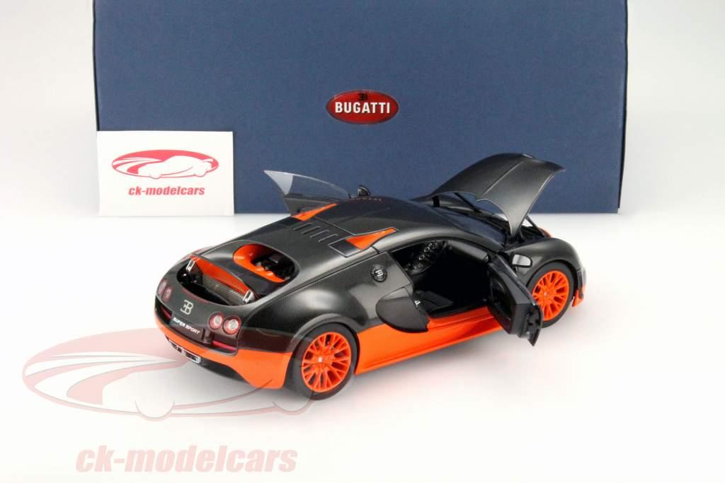 ck modelcars 70936 bugatti veyron 16 4 super sport baujahr 2010 schwarz orange 1 18 autoart. Black Bedroom Furniture Sets. Home Design Ideas
