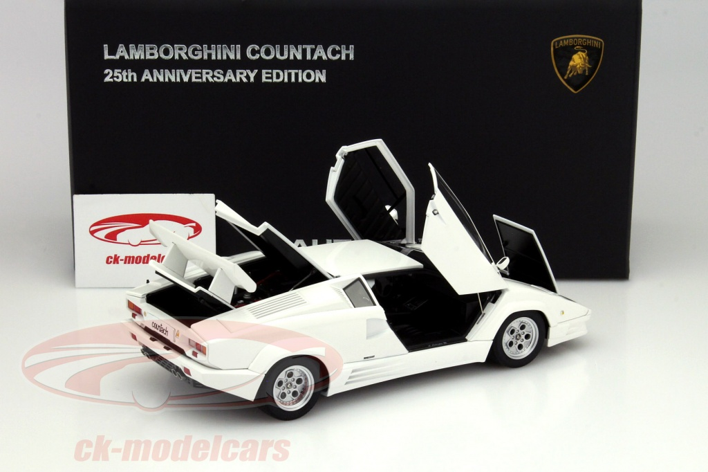 ck modelcars 74537 lamborghini countach 25th. Black Bedroom Furniture Sets. Home Design Ideas