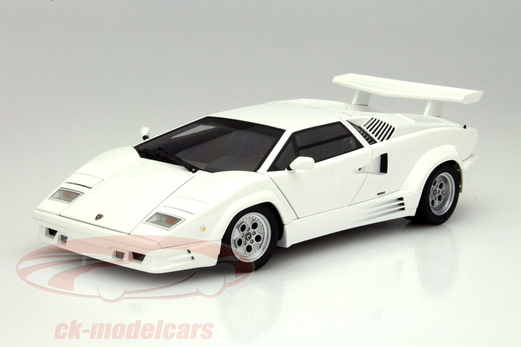 ck modelcars 74537 lamborghini countach 25th anniversary edition year 1988 white 1 18 autoart. Black Bedroom Furniture Sets. Home Design Ideas