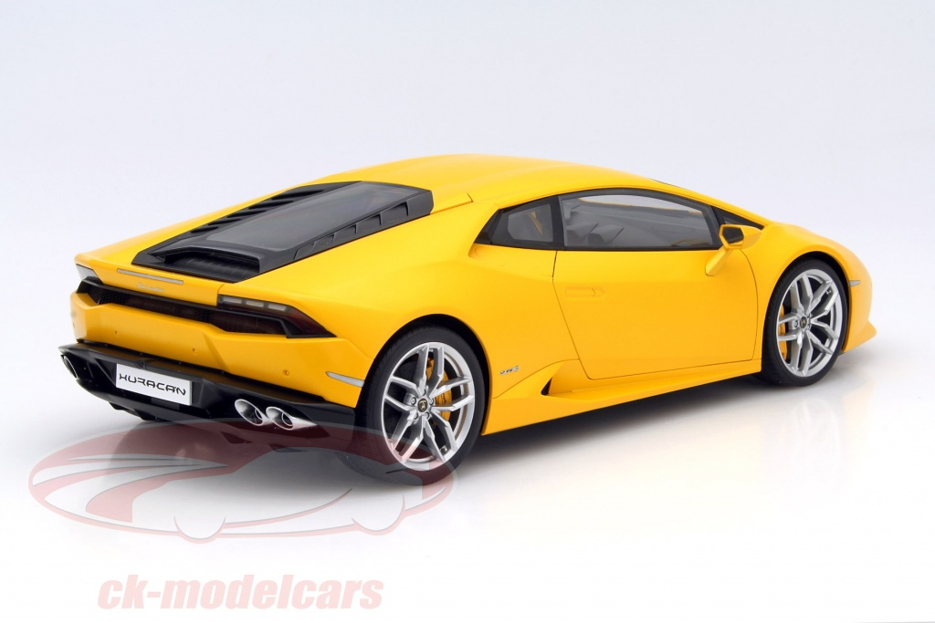 ck modelcars 12097 lamborghini huracan lp 610 4 year 2014 yellow 1 12 autoart ean 674110120974. Black Bedroom Furniture Sets. Home Design Ideas
