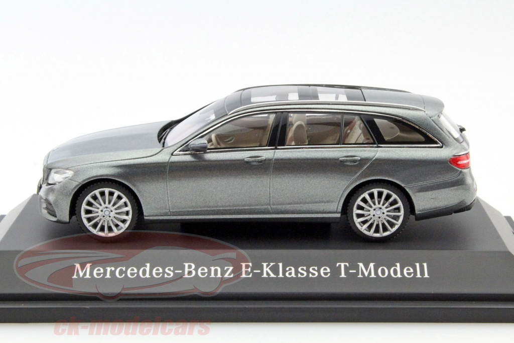 ck modelcars b66960381 mercedes benz e klasse t modell s213 amg line selentin grau 1 43 kyosho mb. Black Bedroom Furniture Sets. Home Design Ideas
