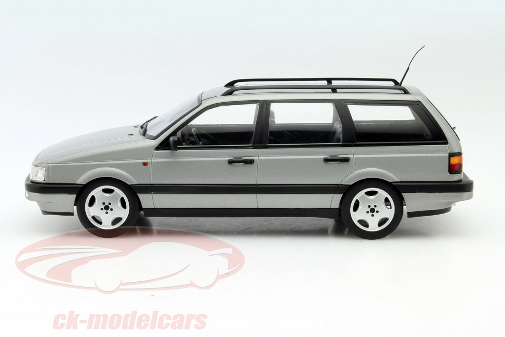 ck modelcars kkdc180071 volkswagen vw passat b3 variant year 1988 silver 1 18 kk scale. Black Bedroom Furniture Sets. Home Design Ideas