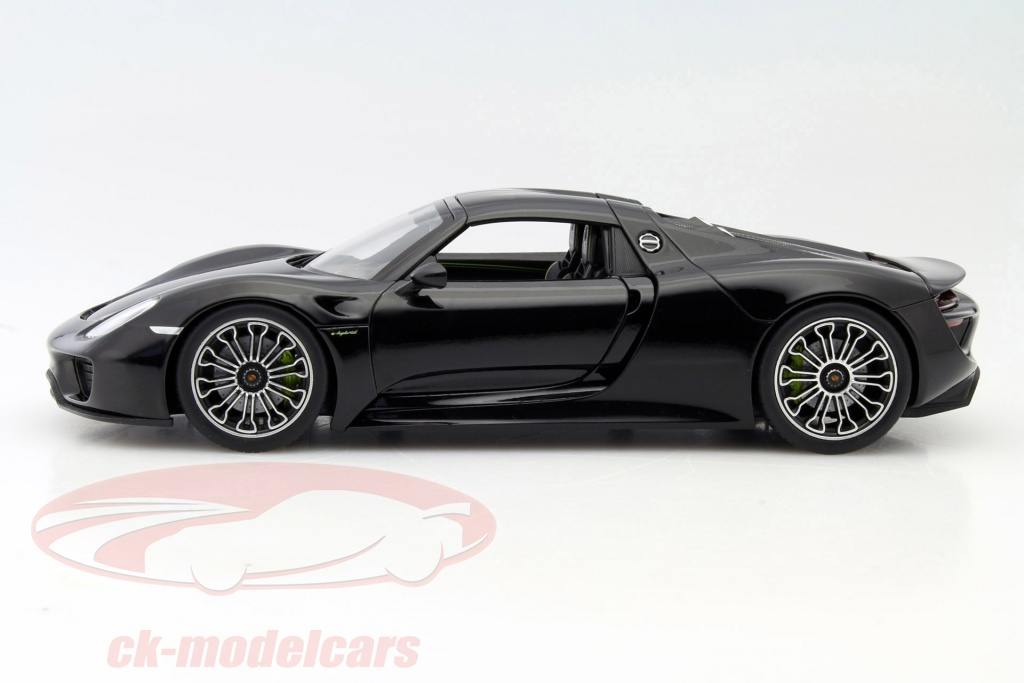 ck modelcars map02184116 porsche 918 spyder basalte noir 1 18 welly. Black Bedroom Furniture Sets. Home Design Ideas