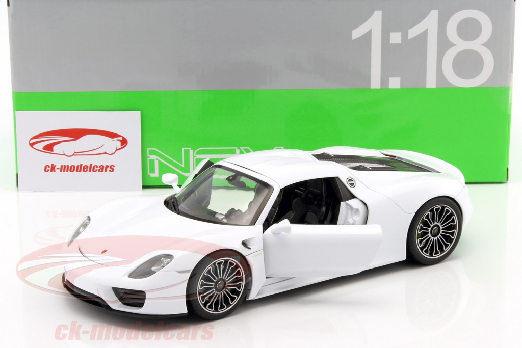 ck modelcars 18051hw porsche 918 spyder hard top white 1 18 welly ean 4891761180515. Black Bedroom Furniture Sets. Home Design Ideas